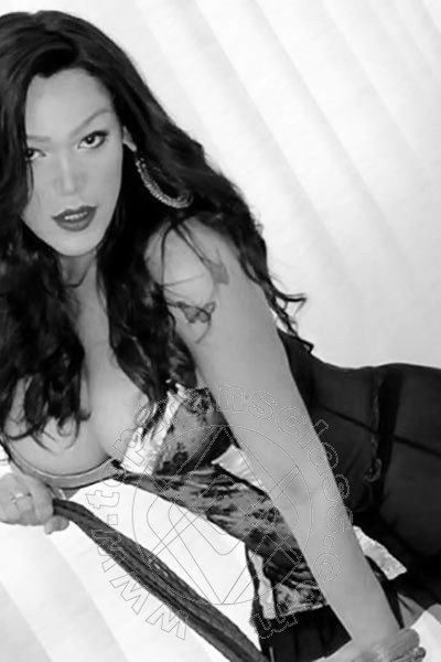 Jennifer Ferreira  CARPENTRAS 0033 613325779