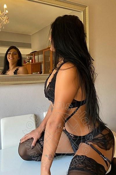 Beatrice Moreira  BARI 327 4393993